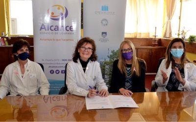 Firma acuerdo donación Hospital de Clínicas